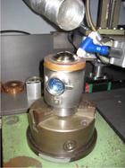 Druckmesszelle mit Formier- und Spanneinrichtung